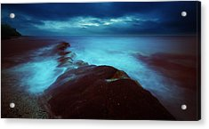 Acrylic Print featuring the photograph Lonely Twilight Tide by Afrison Ma
