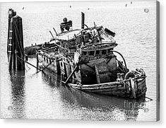 Mary D Hume Shipwreck - Rogue River Oregon Acrylic Print by Gary Whitton
