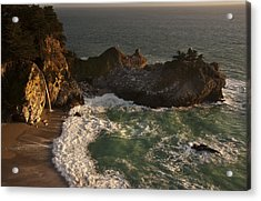 Acrylic Print featuring the photograph Mcway Falls 1 by Lee Kirchhevel