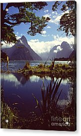 Milford Sound In New Zealand's Fiordland National Park Acrylic Print by Alex Cassels