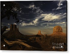 Monument Valley 1 Acrylic Print by Richard Mason