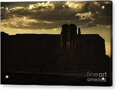 Monument Valley 3 Acrylic Print by Richard Mason