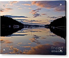 Morning Calm Acrylic Print by Chuck Flewelling
