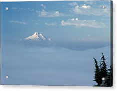 Acrylic Print featuring the photograph Mt. Jefferson by Ken Dietz