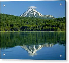 1m5705-h-mt. Mcloughlin From Lake Of The Woods Acrylic Print