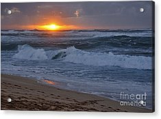 Acrylic Print featuring the photograph Northshore Nightfall by Gina Savage
