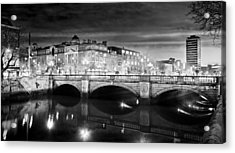 O Connell Bridge At Night - Dublin - Black And White Acrylic Print