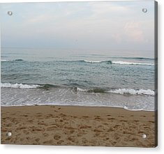 Acrylic Print featuring the photograph Ocean At Buxton Nc by Cathy Lindsey