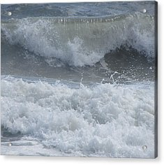 Ocean At Kill Devil Hills Acrylic Print by Cathy Lindsey