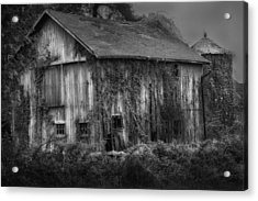 Old Barn Acrylic Print by Bill Wakeley