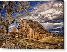 Old Barn In Franktown Acrylic Print by Janis Knight