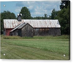 Old Barn In Vermont Acrylic Print by Catherine Gagne