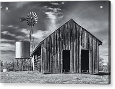 Old Barn No Wind Acrylic Print
