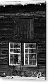 Old Barn Windows Acrylic Print by Edward Fielding