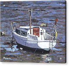 Old Boat On River Mudflats 1 Acrylic Print by Martin Davey