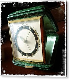 Old Clock Acrylic Print by Les Cunliffe