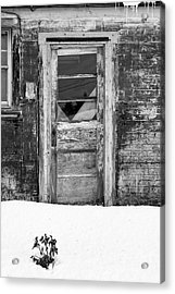 Old Door Winchester Nh Acrylic Print by Edward Fielding