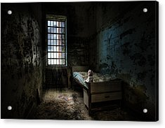Old Room - Abandoned Places - Room With A Bed Acrylic Print by Gary Heller