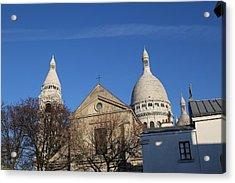 Outside The Basilica Of The Sacred Heart Of Paris - Sacre Coeur - Paris France - 01131 Acrylic Print