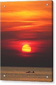 Paddling Under The Sun Acrylic Print by Richard Reeve