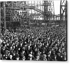 Philadelphia Shipyard Workers Acrylic Print by Underwood Archives