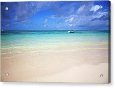 Photo At The Beach With A Bright Blue Acrylic Print by Robertmandel