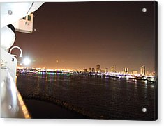 Queen Mary - 121235 Acrylic Print by DC Photographer