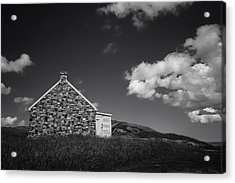 Acrylic Print featuring the photograph Queen's Battery by Ben Shields