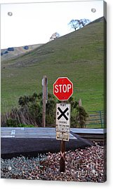 Rail Road Crossing Sign At Fernandez Ranch California - 5d21125 Acrylic Print by Wingsdomain Art and Photography
