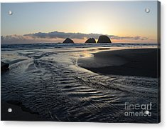 Acrylic Print featuring the photograph Receding Tide by Jeff Loh