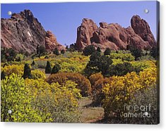Red Lyons Sandstone Formations & Autumn Acrylic Print
