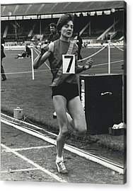Sheila Taylor Wins 800 Metres Acrylic Print by Retro Images Archive