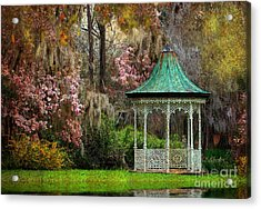 Acrylic Print featuring the photograph Spring Magnolia Garden At Magnolia Plantation by Kathy Baccari