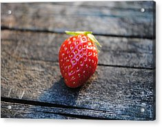 Acrylic Print featuring the photograph Strawberry On Plank by Robert  Moss