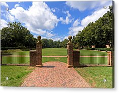Acrylic Print featuring the photograph Sunken Garden At William And Mary by Jerry Gammon