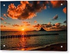 Sunrise At Hawaii Chainaman's Hat Acrylic Print