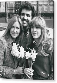 Susan Howard-donna Culver Of Dallas' Arrives In London Acrylic Print by Retro Images Archive