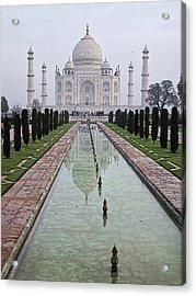 Taj Mahal Early Morning Acrylic Print by John Hansen