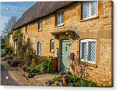 Thatched Cotswold Cottage In Taynton Oxfordshire Acrylic Print by David Ross