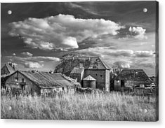 Acrylic Print featuring the photograph The Old Farm Buildings. by Gary Gillette