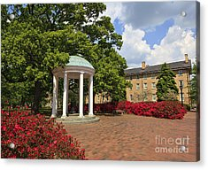 The Old Well At Chapel Hill Campus Acrylic Print