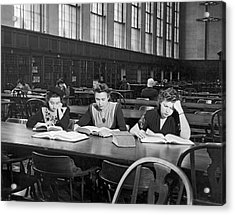 Three Moscow University Foreign Exchange Students At Columbia Un Acrylic Print by Underwood Archives