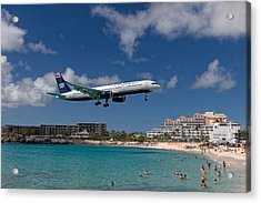 U S Airways Low Approach To St. Maarten Acrylic Print by David Gleeson