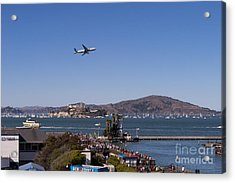 United Airlines Jet Over San Francisco Alcatraz Island Dsc1765 Acrylic Print by Wingsdomain Art and Photography
