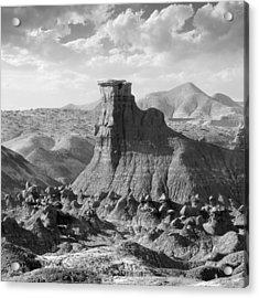 Utah Outback 18 Acrylic Print by Mike McGlothlen