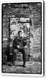Venetian Violinist Acrylic Print by Tom Bell