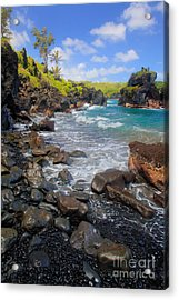 Waianapanapa Rocks Acrylic Print by Inge Johnsson