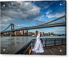 Wedding Photos At The Manhattan Bridge Acrylic Print