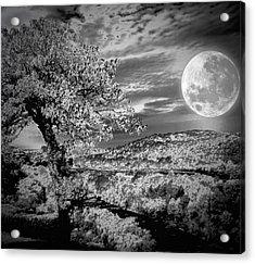 Acrylic Print featuring the photograph When The Moon Comes Over Da Mountain by Robert McCubbin