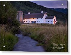 Acrylic Print featuring the photograph White Barn by Brian Jannsen